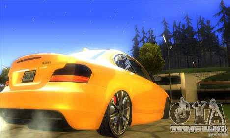 BMW 135i Coupe Custom para GTA San Andreas vista posterior izquierda