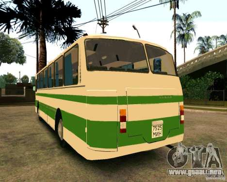 LAZ 699R para GTA San Andreas left