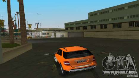 Mercedes-Benz ML 500 para GTA Vice City visión correcta
