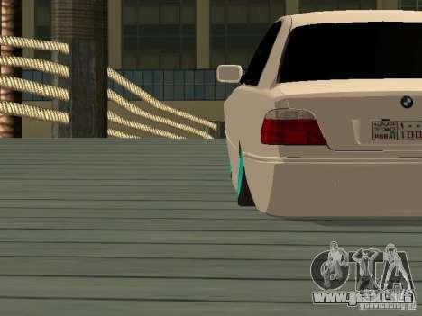 BMW 750i JDM para GTA San Andreas vista posterior izquierda