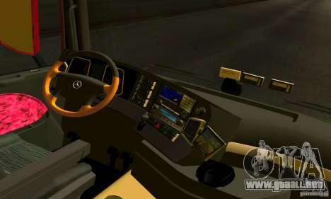 Mercedes-Benz Actros 2012 para la visión correcta GTA San Andreas