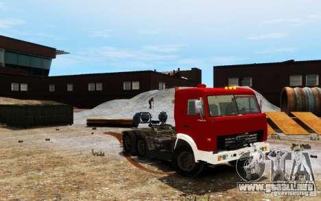 KAMAZ 54115 para GTA 4 vista hacia atrás