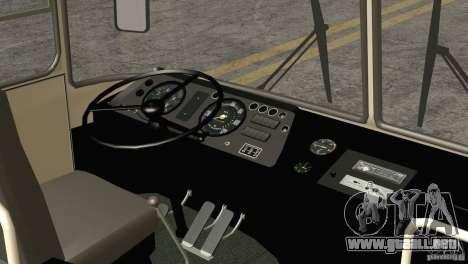 LAZ 699R 93-98 piel 1 para vista lateral GTA San Andreas