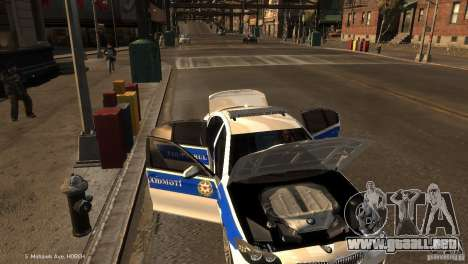 BMW 550i Azeri Police YPX para GTA 4 vista superior