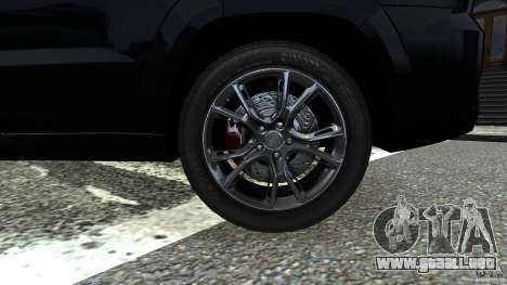 Jeep Grand Cherokee STR8 2012 para GTA 4 vista hacia atrás