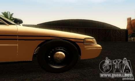 Ford Crown Victoria Tennessee Police para la visión correcta GTA San Andreas