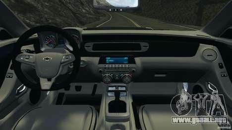 Chevrolet Camaro ZL1 2012 v1.0 Flames para GTA 4 vista hacia atrás