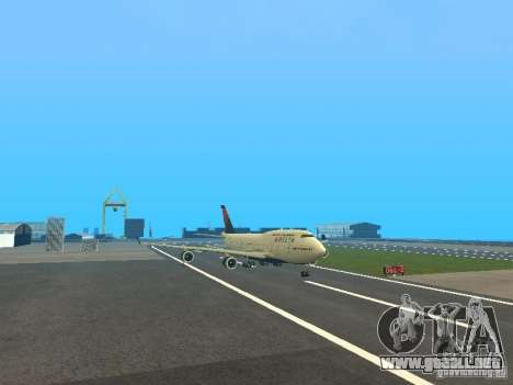 Boeing 747-400 Delta Airlines para GTA San Andreas left