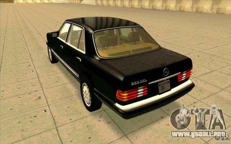 Mercedes Benz 560SEL w126 1990 v1.0 para GTA San Andreas vista posterior izquierda