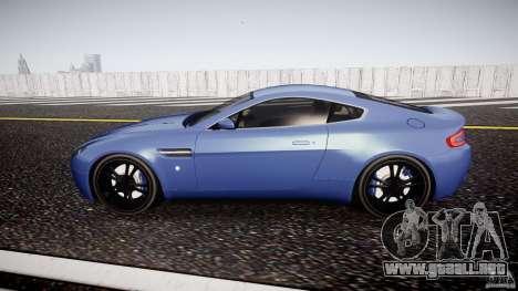 Aston Martin V8 Vantage V1.0 para GTA 4 left