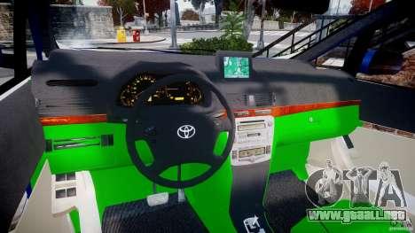 Toyota Alphard 2007 para GTA 4 vista hacia atrás