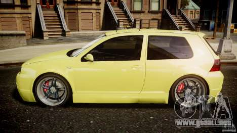 Volkswagen Golf IV R32 para GTA 4 left