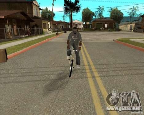 Nueva moto para GTA San Andreas vista posterior izquierda