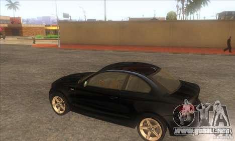 BMW 135i (E82) para la visión correcta GTA San Andreas