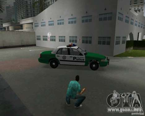 Ford Crown Victoria 2003 Police para GTA Vice City vista interior