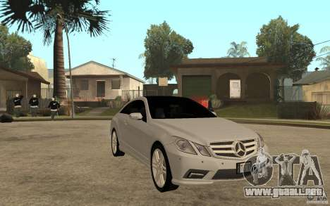 Mercedes Benz E-CLASS Coupe para GTA San Andreas vista hacia atrás