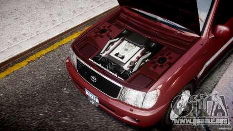 Toyota Land Cruiser 100 Stock para GTA 4 vista lateral