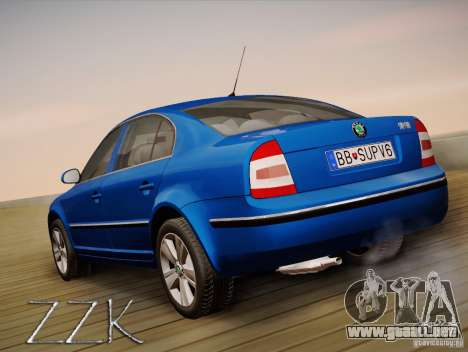 Skoda Superb 2006 para GTA San Andreas left
