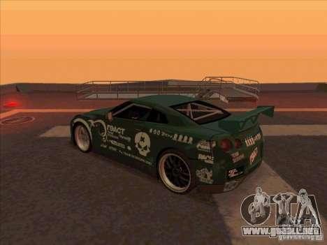 Nissan GT-R R35 rEACT para GTA San Andreas vista posterior izquierda