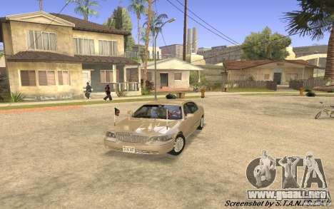 Lincoln Towncar Secret Service para GTA San Andreas left