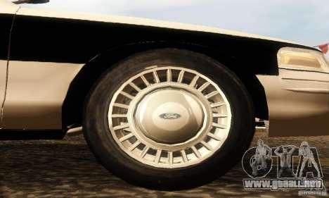 Ford Crown Victoria New Corolina Police para la visión correcta GTA San Andreas