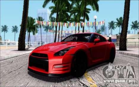 Nissan GTR 2011 egoísta (versión con suciedad) para GTA San Andreas