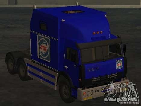 KAMAZ-54112 SECRETARÍA para GTA San Andreas vista posterior izquierda