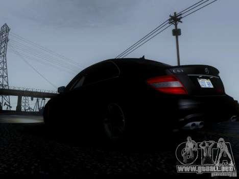 Mercedes-Benz C63 AMG 2010 para visión interna GTA San Andreas