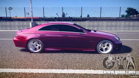 Mercedes Benz CLS Light Tuning v1.0 Beta para GTA 4 vista interior