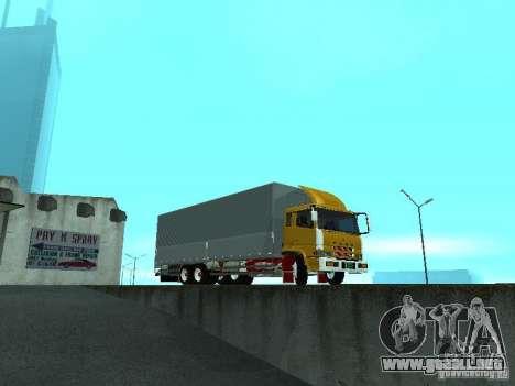 Mitsubishi Fuso para GTA San Andreas left