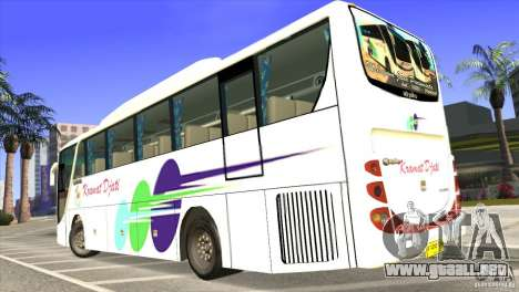 Hino New Travego RK1 para GTA San Andreas left