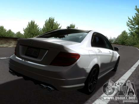 Mercedes-Benz C63 AMG 2010 para GTA San Andreas left