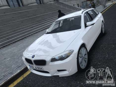BMW M5 F11 Touring V.2.0 para GTA 4 left