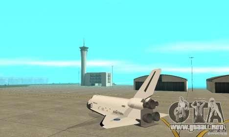 Space Shuttle Discovery para GTA San Andreas vista posterior izquierda