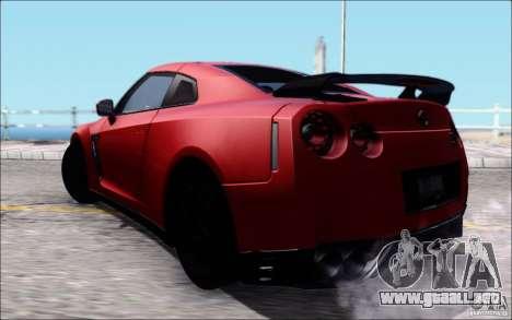 Nissan GTR 2011 egoísta (versión con suciedad) para GTA San Andreas left