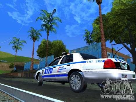 Ford Crown Victoria 2009 New York Police para la visión correcta GTA San Andreas
