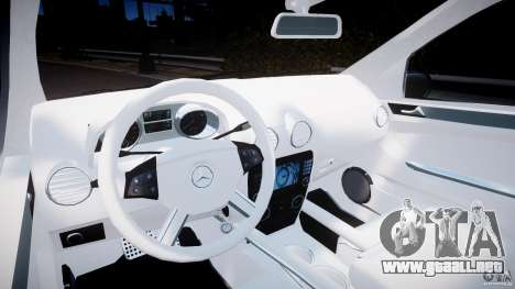 Mercedes-Benz ML63 AMG v2.0 para GTA 4 vista hacia atrás