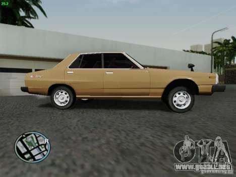 Nissan Skyline 2000GT C210 para GTA San Andreas left