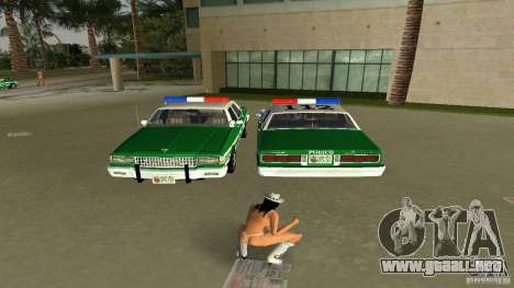 Ford LTD Crown Victoria 1985 Interceptor LAPD para GTA Vice City vista lateral izquierdo