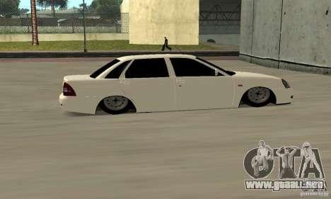 Lada Priora Low para la visión correcta GTA San Andreas