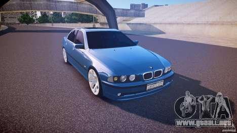 BMW 530I E39 e63 white wheels para GTA 4 vista interior