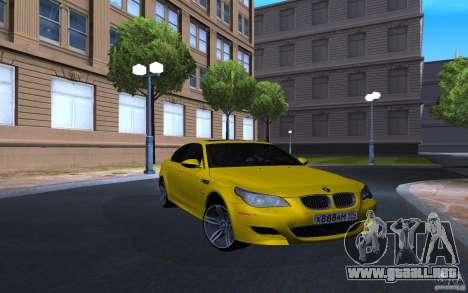 BMW M5 Gold Edition para GTA San Andreas vista posterior izquierda