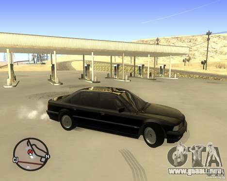 BMW 740il e38 para GTA San Andreas left
