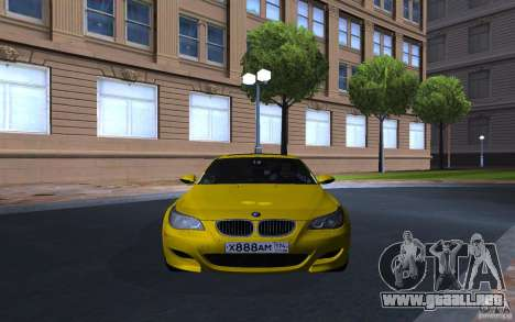 BMW M5 Gold Edition para GTA San Andreas left