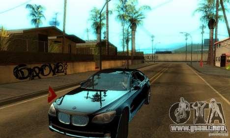 BMW 750Li para GTA San Andreas vista hacia atrás