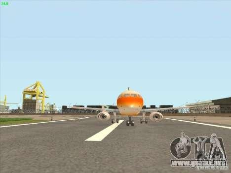 Sukhoi Superjet-100 para GTA San Andreas left
