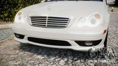 Mercedes-Benz C32 AMG 2004 para GTA 4 vista lateral