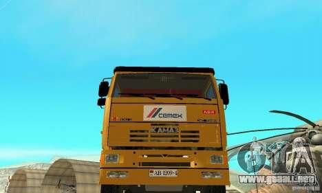 KAMAZ 53215 Tai Liebherr v1.1 para la visión correcta GTA San Andreas