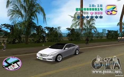 Mercedes-Benz E Class Coupe C207 para GTA Vice City left