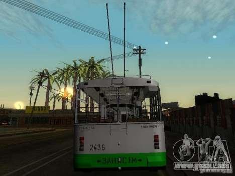 ZiU 683 para GTA San Andreas vista posterior izquierda